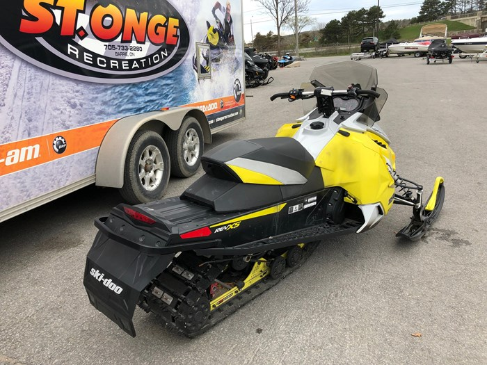 2015 Ski-Doo TNT 800 ETEC Photo 5 of 8