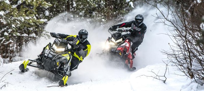 2019 Polaris SWITCHBACK XCR Photo 3 of 9