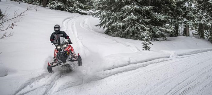 2019 Polaris SWITCHBACK XCR Photo 4 of 9