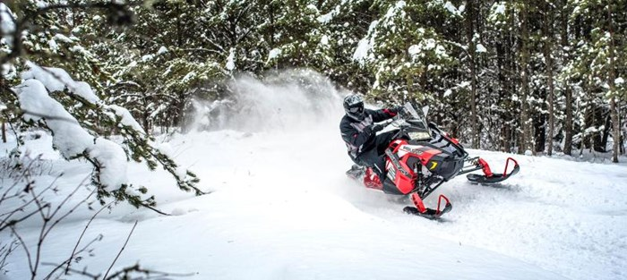 2019 Polaris SWITCHBACK XCR Photo 6 of 9