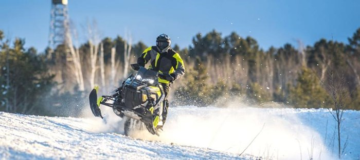 2019 Polaris SWITCHBACK XCR Photo 7 of 9