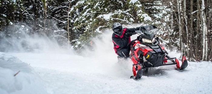 2019 Polaris SWITCHBACK XCR Photo 8 of 9