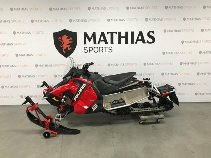 2015 Polaris Switchback 800 Pro-S - offre special Photo 4 of 12