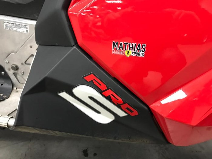 2015 Polaris Switchback 800 Pro-S - offre special Photo 9 of 12