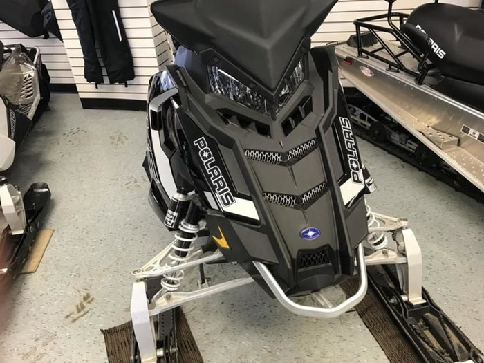 2018 Polaris SKS 800 H.O. Cleanfire® 146 Electric 2.2 Photo 3 of 11