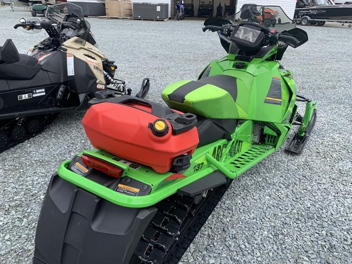 2016 Arctic Cat ZR 6000 Limited (137) Photo 4 of 10