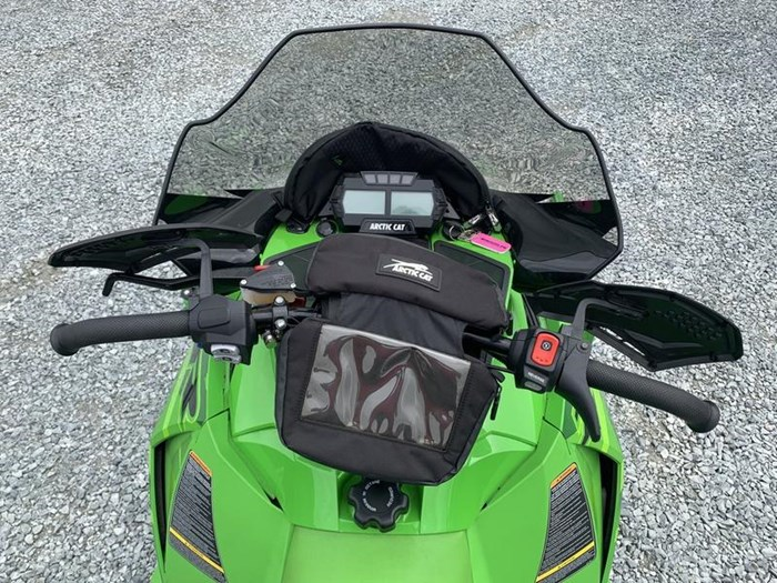2016 Arctic Cat ZR 6000 Limited (137) Photo 7 of 10