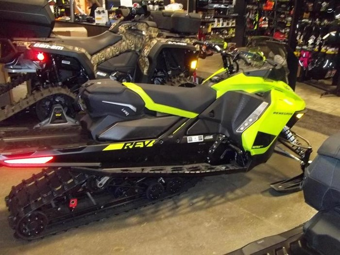 2020 Ski-Doo Renegade® Adrenaline Rotax® 850 E-TEC® M Photo 2 of 3