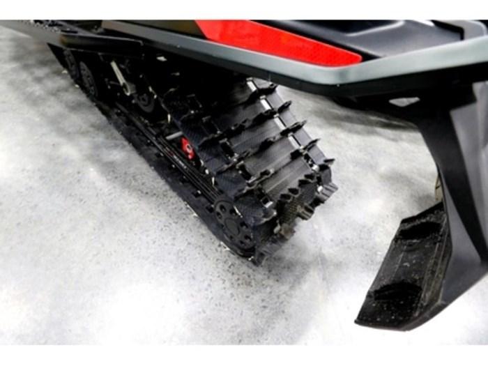 2018 Ski-Doo SKI-DOO RENEGADE X 850 E-TEC Photo 8 of 10