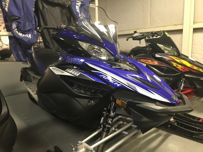 2014 Yamaha Apex® SE Photo 2 of 4