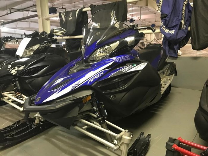 2014 Yamaha Apex® SE Photo 3 of 4