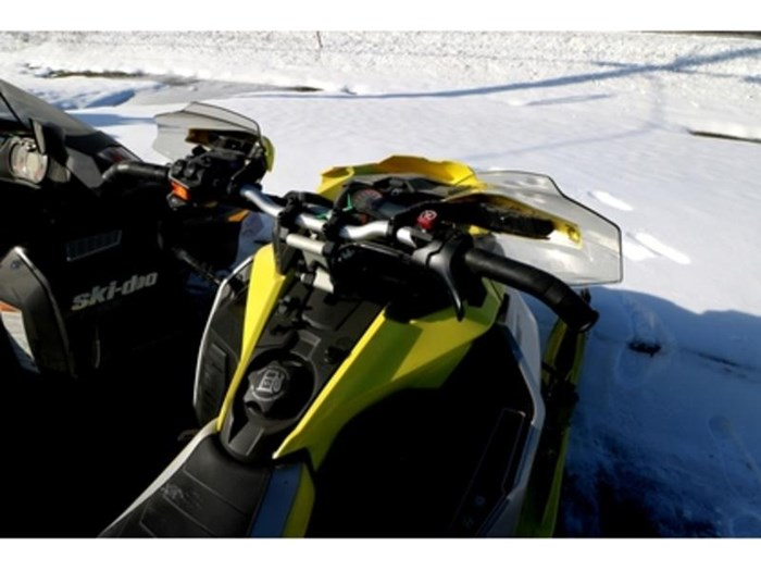 2019 Ski-Doo MXZ X-RS 850 E-TEC E.S. w/ Adj. Pkg, Ice Photo 7 of 9