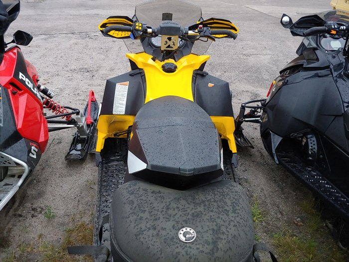 2012 Ski-Doo MXZ TNT 800 Photo 3 of 5