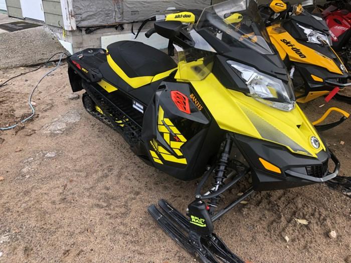 2018 Ski-Doo MXZ® X 600 H.O. E-TEC® - Sunburst Yellow/Black Photo 2 of 2