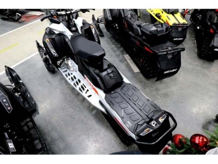 2020 Ski-Doo Renegade Sport 600 ACE E.S. REV Gen4 Cob Photo 5 of 12