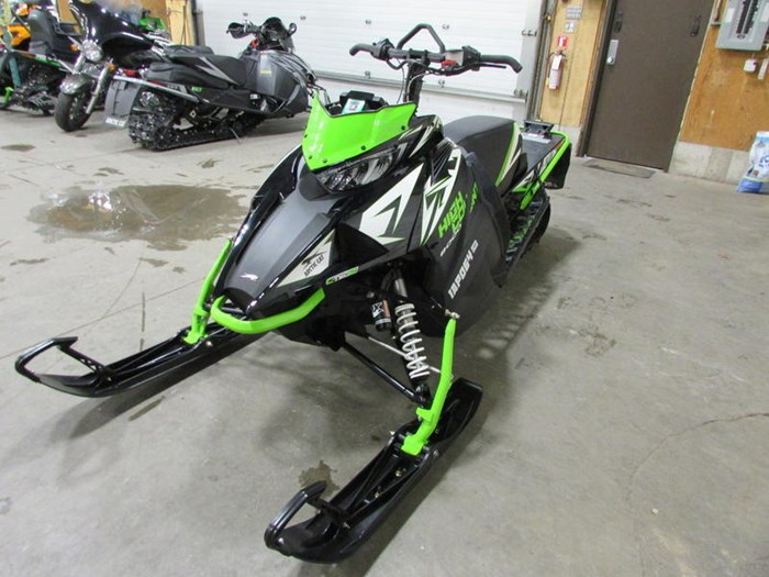 2018 Arctic Cat XF 8000 High Country Limited ES (141) Photo 3 of 5