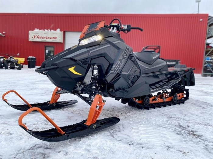 2020 Polaris 800 SKS 146 Photo 1 of 18