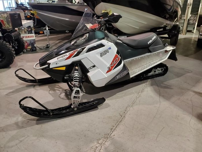 2018 Polaris INDY® 600 Cleanfire® 121 Electric .91 Sh Photo 1 of 4