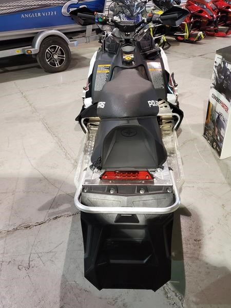 2018 Polaris INDY® 600 Cleanfire® 121 Electric .91 Sh Photo 2 of 4