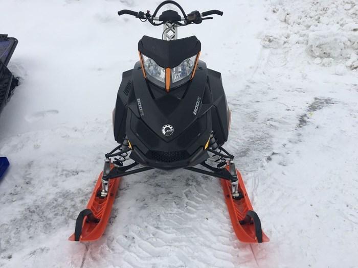 2014 Ski-Doo Summit SP 800R Photo 1 sur 3