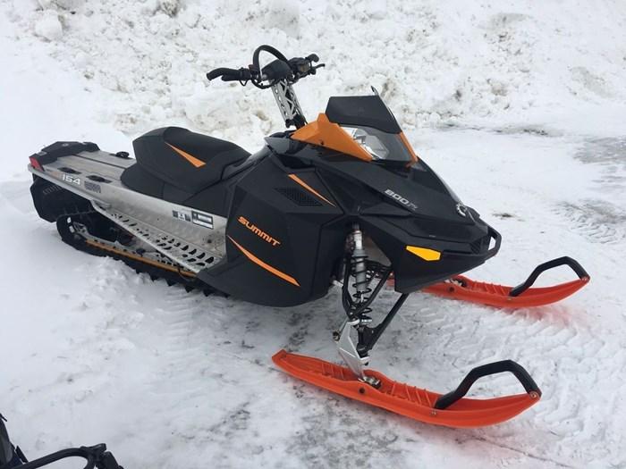 2014 Ski-Doo Summit SP 800R Photo 3 sur 3