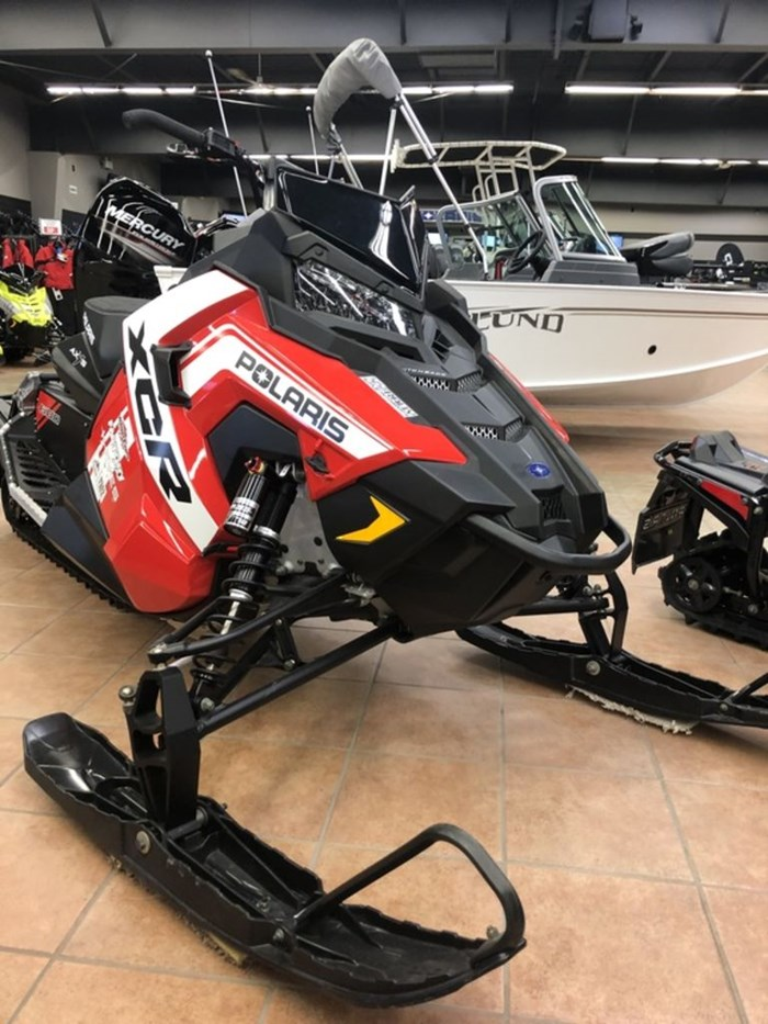 2018 Polaris 600 SWITCHBACK XCR SNOWCHECK SELECT Photo 3 of 9