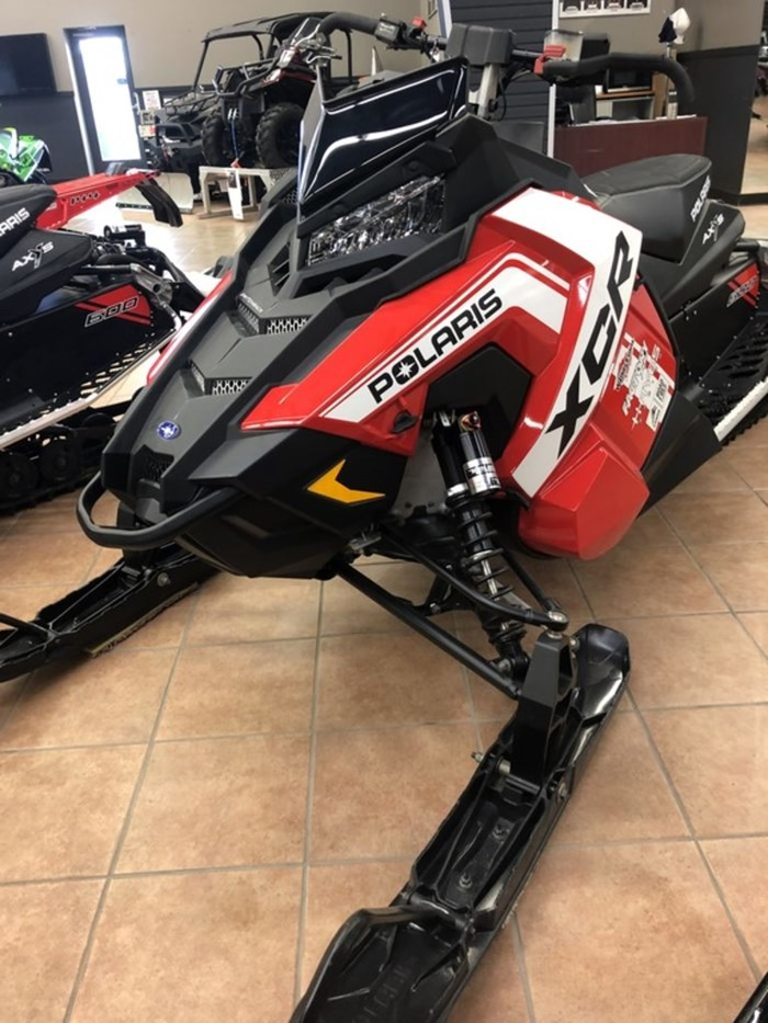2018 Polaris 600 SWITCHBACK XCR SNOWCHECK SELECT Photo 4 of 9