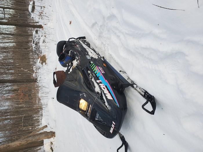 1993 Ski-Doo Mach 1 Photo 2 of 13