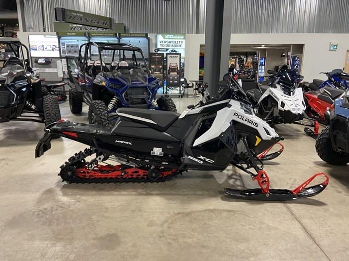 2021 Polaris 850 Indy XC Launch Edition 137/1.25 Ice Photo 5 of 5