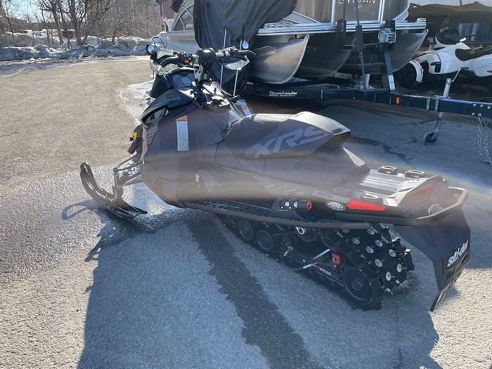2015 Ski-Doo MXZ® X-RS® Rotax® 800R E-TEC® Photo 4 of 8