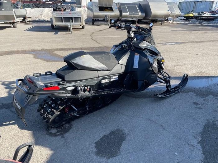 2015 Ski-Doo MXZ® X-RS® Rotax® 800R E-TEC® Photo 5 of 8
