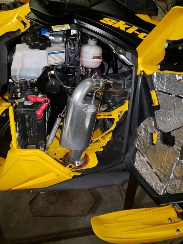 2014 Ski-Doo MX Z X-RS 800R Photo 2 sur 8
