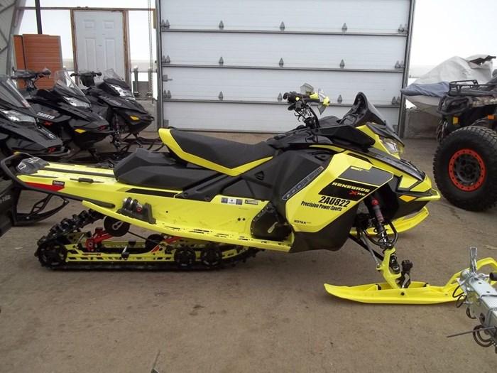 2021 Ski-Doo Renegade® X-RS® Rotax® 850 E-TEC® Adj. K Photo 1 of 7