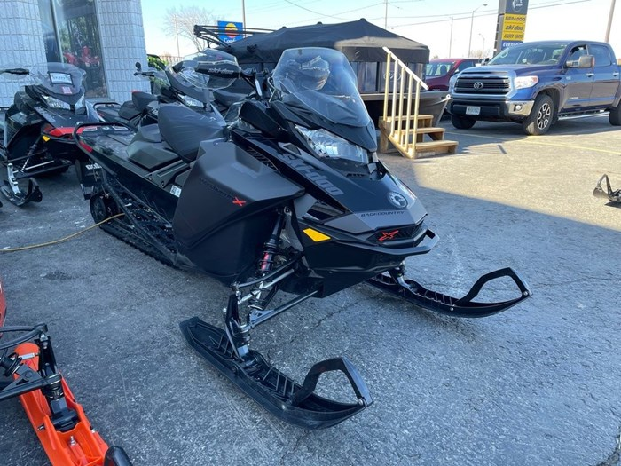 2021 Ski-Doo Backcountry™ X® Rotax® 850 E-TEC® ES Ice Photo 1 of 8