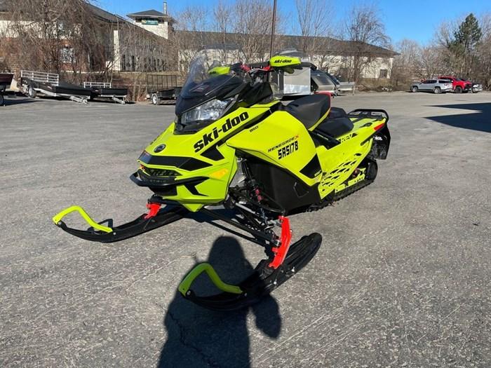 2020 Ski-Doo Renegade® X Rotax® 850 E-TEC® Ice Ripper Photo 3 of 8