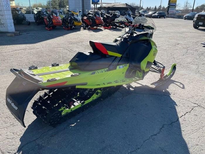 2020 Ski-Doo Renegade® X Rotax® 850 E-TEC® Ice Ripper Photo 5 of 8