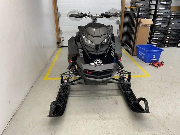 2021 Ski-Doo Backcountry™ X-RS® Rotax® 850 E-TEC® 146 Photo 2 of 10