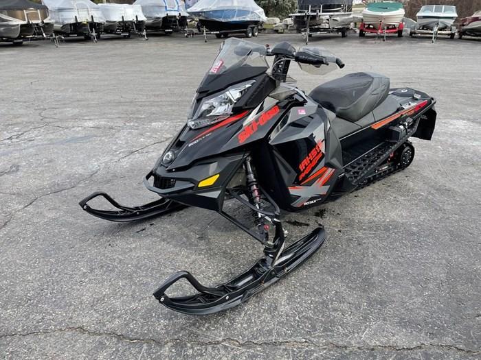 2015 Ski-Doo MXZ® X® Rotax® 800R E-TEC® Photo 3 sur 8