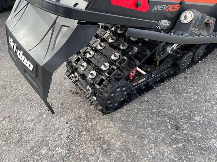2015 Ski-Doo MXZ® X® Rotax® 800R E-TEC® Photo 6 sur 8