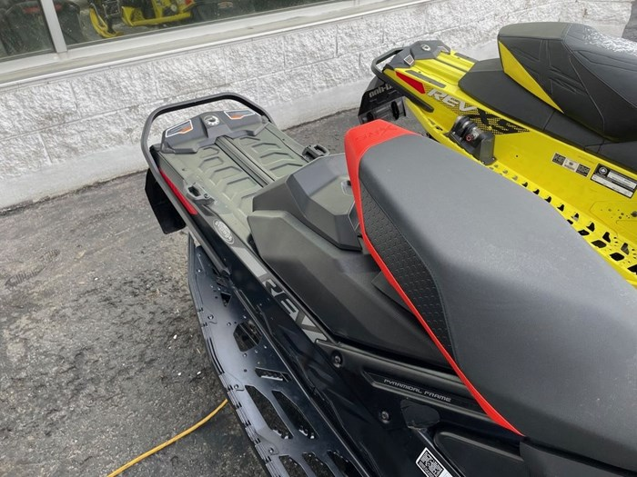 2020 Ski-Doo MXZ® X-RS® Rotax® 850 E-TEC® Ice R. XT 1 Photo 7 of 8