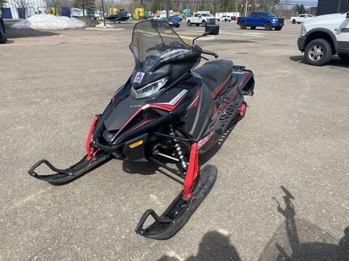 2017 Yamaha Sidewinder L-TX DX Photo 1 of 9