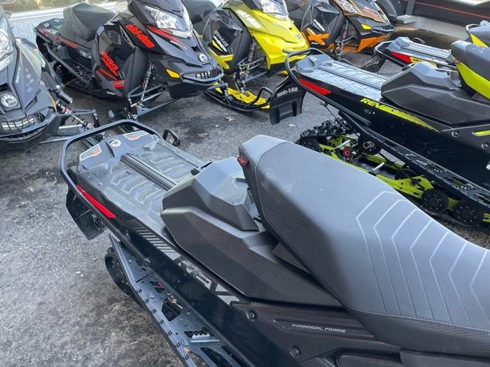 2019 Ski-Doo MXZ® X 850 E-TEC Ripsaw 1.25 Photo 7 sur 8