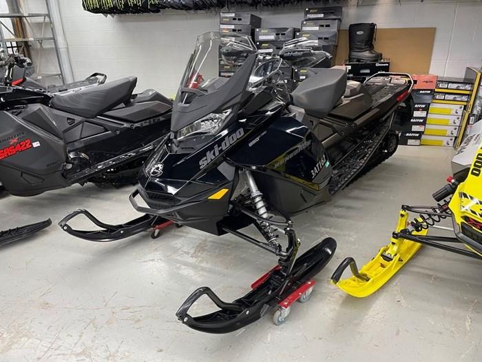 2021 Ski-Doo Renegade® Adrenaline Rotax® 850 E-TEC® B Photo 3 of 8