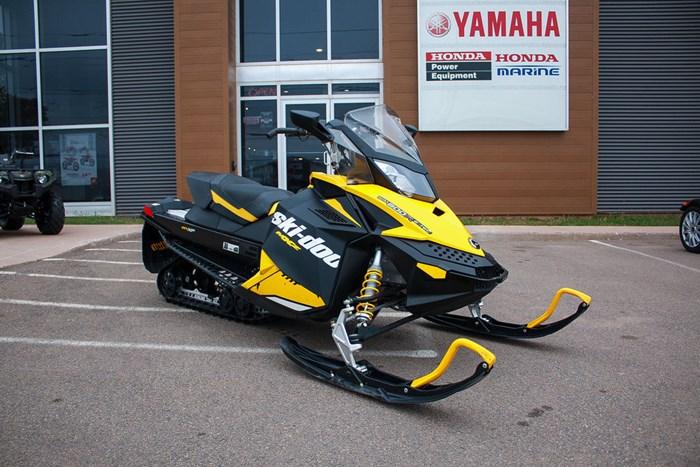 2012 Ski-Doo MX Z X 800R Photo 2 sur 12