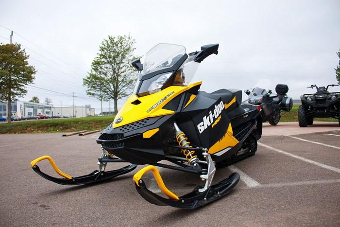 2012 Ski-Doo MX Z X 800R Photo 4 sur 12