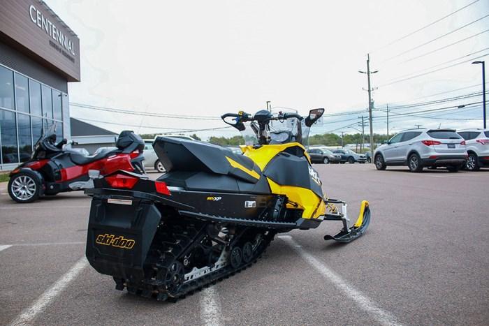 2012 Ski-Doo MX Z X 800R Photo 7 sur 12