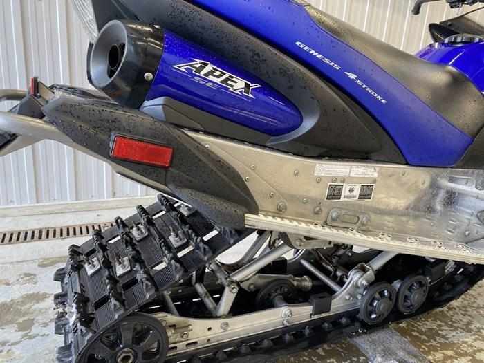 2011 Yamaha Apex SE Photo 10 of 20